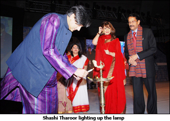 Shashi Tharoor lighting up the lamp at Pearl Utsav 2010